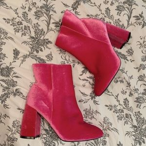 Truffle collection curved heel pink boots